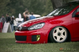 Low Red MK6 Wallpaper - by Unitronic